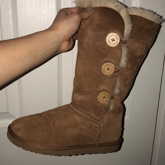 be06196b9e1 UGG Triple button Bailey boots